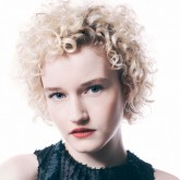 Julia Garner Verge Photo by Jeff Vespa